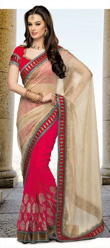121670: EXCLUSIVE Printed saree modeled by actress EVELYN SHARMA. Shop her style! #Evelynsharma #bollywood #saree #wardrobe