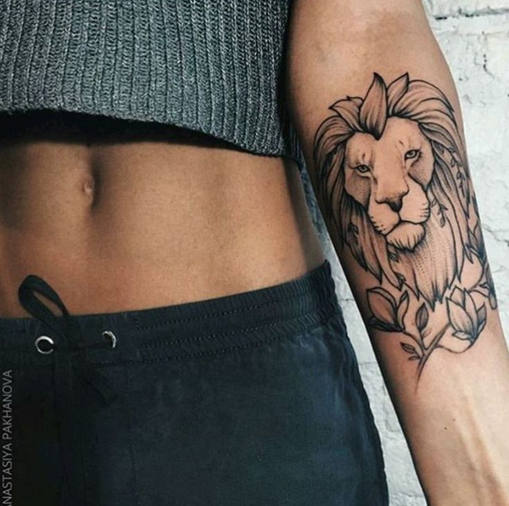 ... Tattoo on Pinterest | Female lion Lion shoulder tattoo and Lion thigh