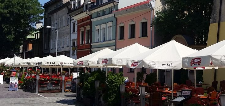 Are You interested in Krakow Kazimierz tour? Learn more about the fascinating Jewish heritage of the district and meet our Krakow guides!