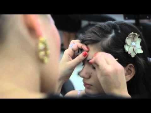 Assista esta dica sobre Making off Formatura Maquiagem Payot-Rio e muitas outras dicas de maquiagem no nosso vlog Dicas de Maquiagem.