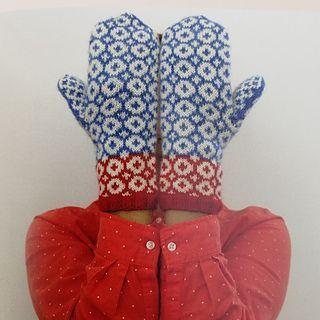 Ravelry: Sara pattern by Anna Bergman