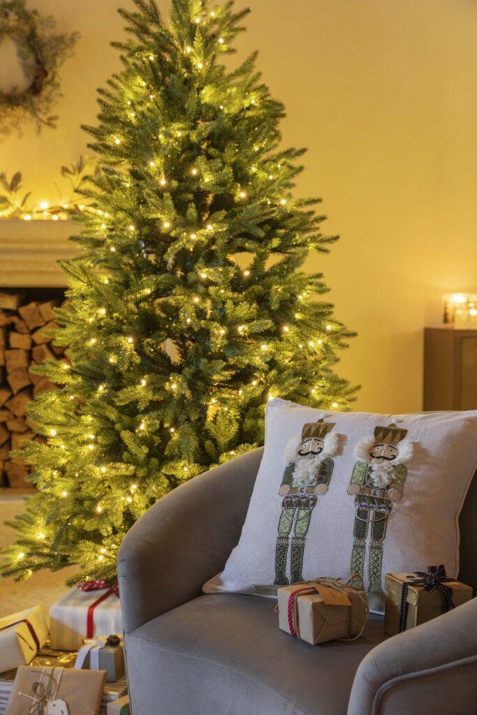 Regali Di Natale Oggetti Per Casa.Un Natale In Giro Per Il Mondo Con La Collezione Natale 2020 Coincasa Arscity Oggetti Per La Casa Decorazioni Naturali Decorazioni