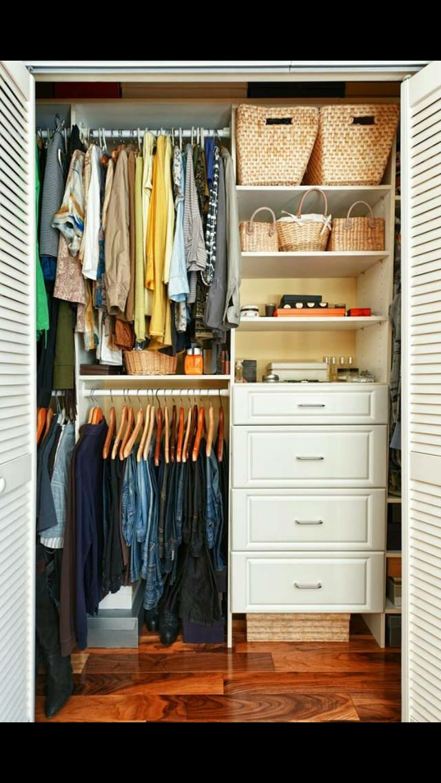 Closet peque o wardrope closet pinterest closet for Ideas para closets pequenos