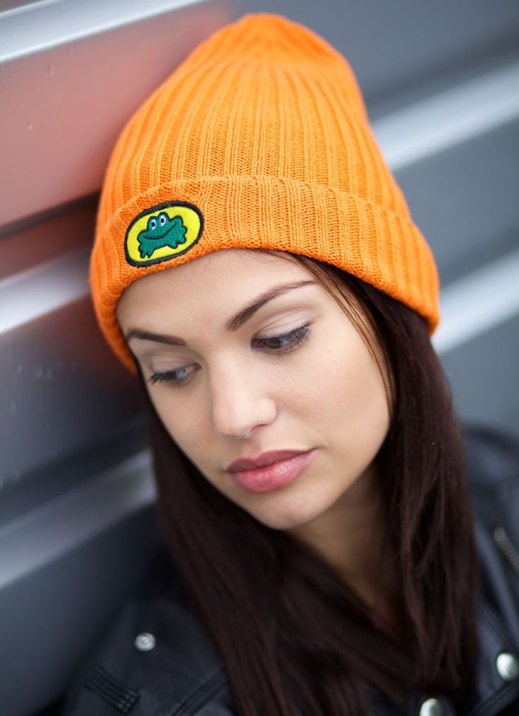 PARAPPA THE RAPPER PARAPPA THE RAPPER (1996)  When it comes to hats, you can't get cooler than the one worn by a rapping dog!  PaRappa the Rapper and his iconic orange hat are an integral part of retro gaming culture. In fact, this official bit of headgear is essential for all gamers and - whether you're rapping, relaxing or getting ready to rumble - you gotta believe!