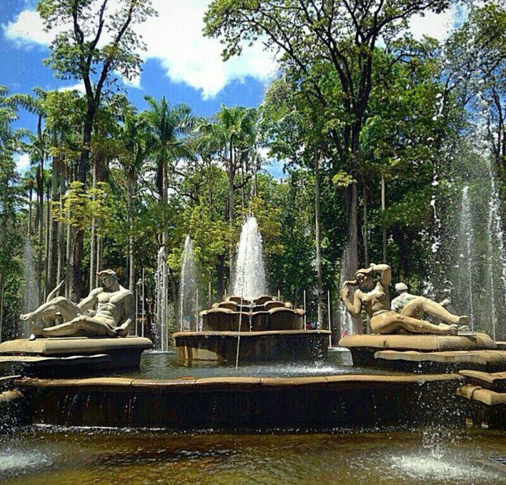 Fuente Venezuela, Parque los Caobos, Caracas - Venezuela