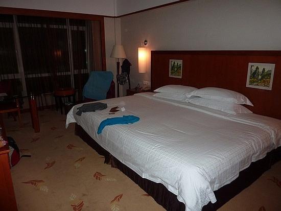 20 best BIG BED FOR ME images on Pinterest | Bedrooms, Big ...