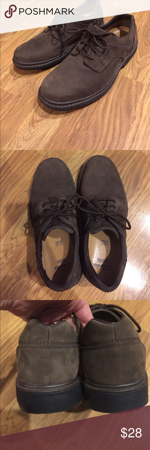 Men's Active Wear Clarks Excellent condition. These are waterproof. Very comfy. Clarks Shoes