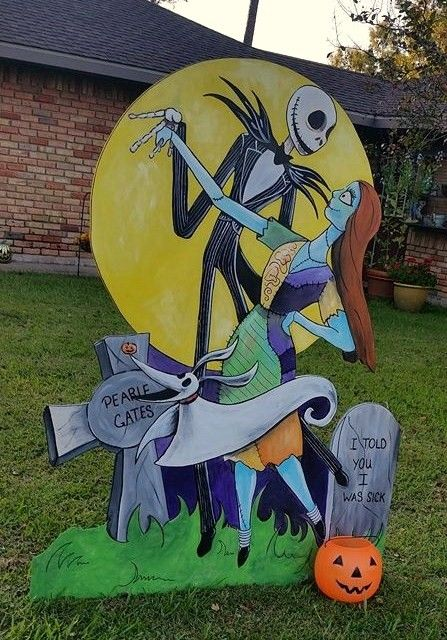 Hand painted wooden Burton movies Halloween theme yard art.  Jack and Sally and Zero.  5ft. tall wooden sign.  Metal conduit with U clamp on backside to stabilize. *Not for sale