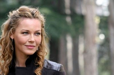 Connie Nielsen | Danish actress | curly blonde hair
