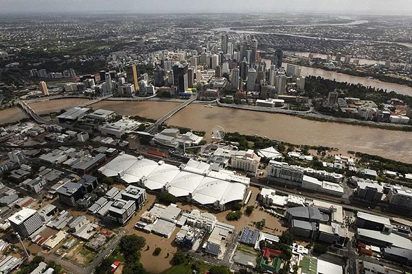 Sounthbank Brisbane during the 2011 floods - such a sad sight!