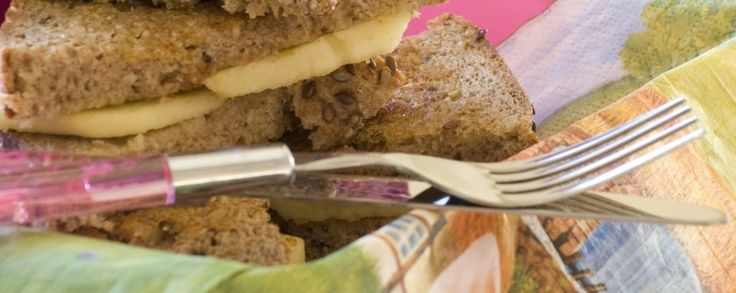 Gekaramelliseerde appelsandwich  #amanprana #noblehouse #amanvida #lunch #sandwich #appel #kokosbloesemsuiker #bio #gezond