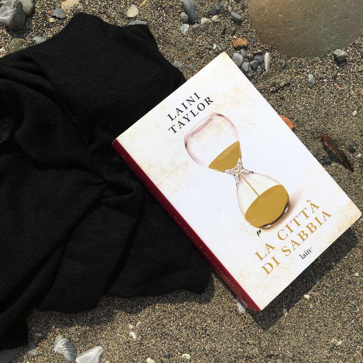 """Words of books: Recensione   """"La città di sabbia"""" di Laini Taylor"""