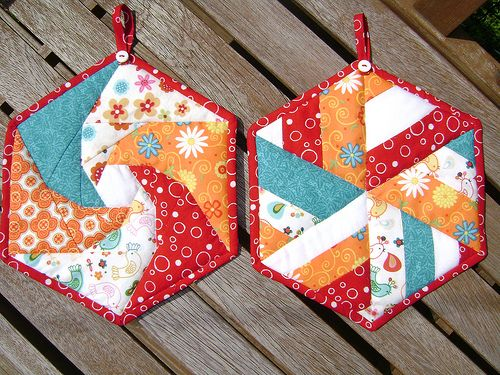 Quilting Project Ideas : Potholder Pass 7 Potholders, Squares and Sewing projects