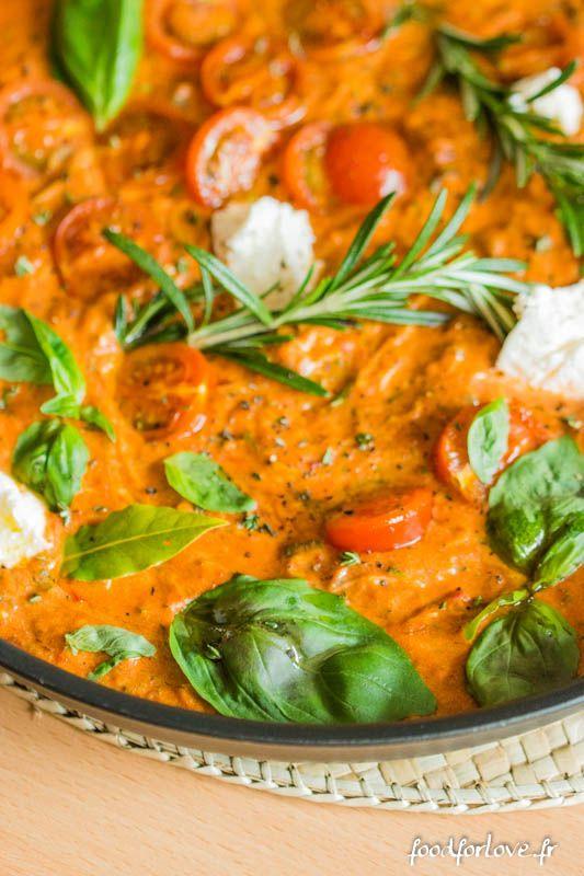 Penne Sans Gluten, Sauce à la Tomate, Ricotta et Courgette - Food for Love