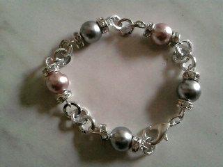 Bracciali : Bracciale con perle e strass www.mbbijoux.info