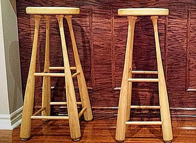 """David Saams said he """"could barely hang a picture"""" when he first decided to build stools out of baseball bats."""