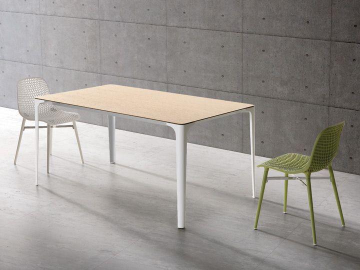 Next Stuhl Mit Stuhlbeinen Ton In Ton Fur Buro Und Esszimmer Stuhl 4 Legs Von Infiniti Mit Zertifikat Fur Ihr Gewerbe Design Table Metal Table Painted Table