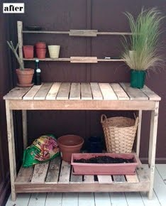 Garden Workbench From Pallets