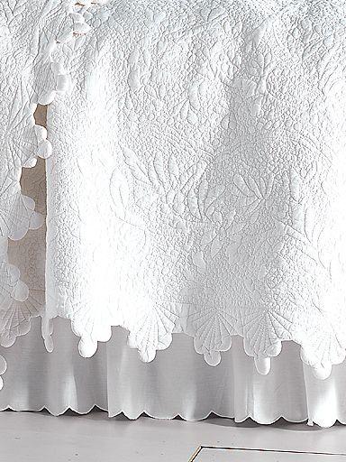 Coquillage De La Mer Quilt, Shams & Bedskirt | linensource
