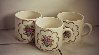 Crown lynn vintage cups