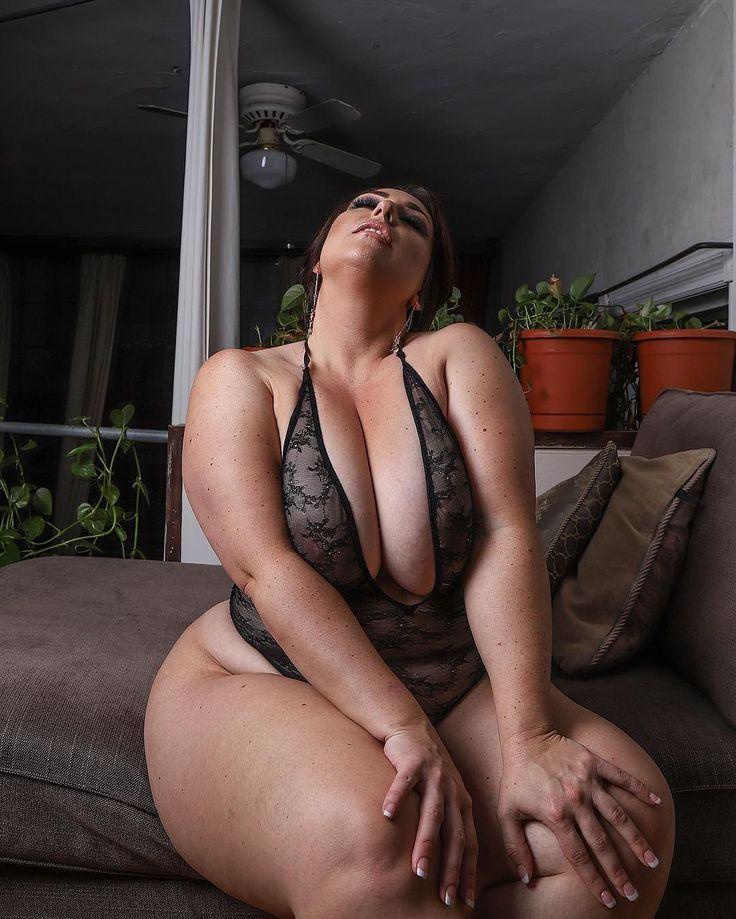 amber nova nude