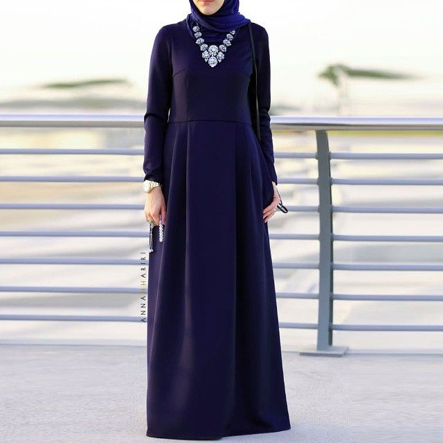 Basic dress is now available in dark blue color. www.annahariri.com  #hijabfashion #chichijab #abaya #maxidress