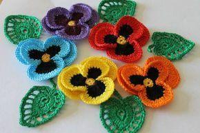 flores de croche coloridas toalha