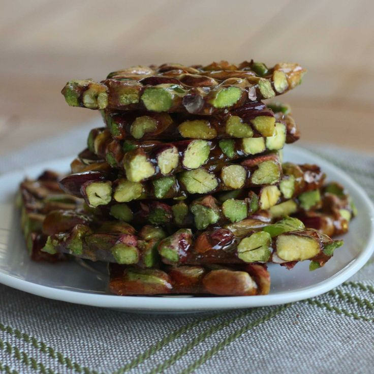 Pistachio Brittle by italianchips #Snacks #Pistachio