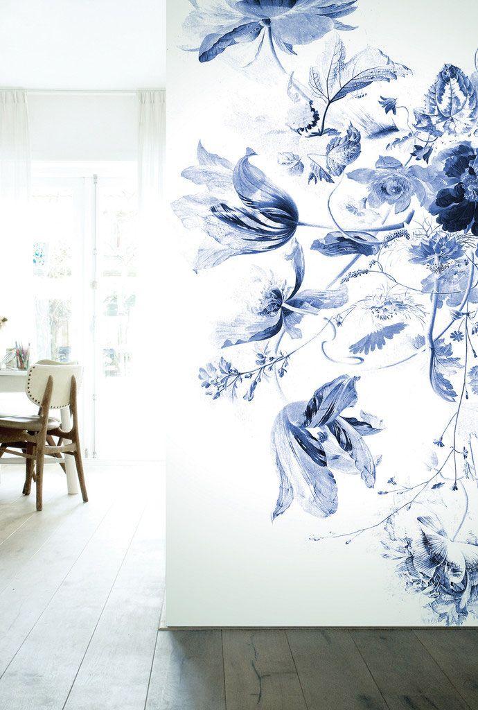 BEHANG BLOEMEN ROYAL BLUE FLOWERS III