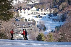 7 Places to Downhill Ski in Western MA this Weekend!