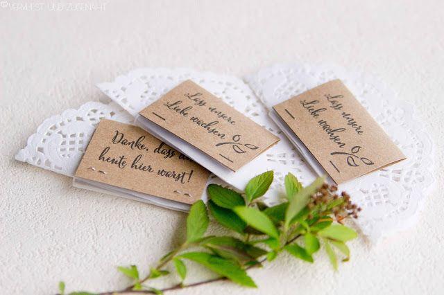 Lasst unsere Liebe wachsen - DIY Hochzeit Gastgeschenke - Kraftpapier, Tortenspitze und Blumensamen // DIY Wedding Giveaways made from doilies, kraftpaper and flowerseeds