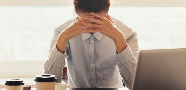 Ambiente de trabalho hostil e pressão podem desencadear ou piorar depressão