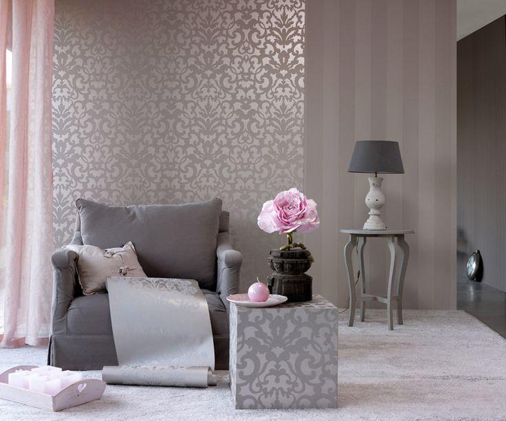 collectie Carte Blanche van Eijffinger Taupe kleurig behang met parelmoer opdruk gecombineerd met lieflijk zacht roze!