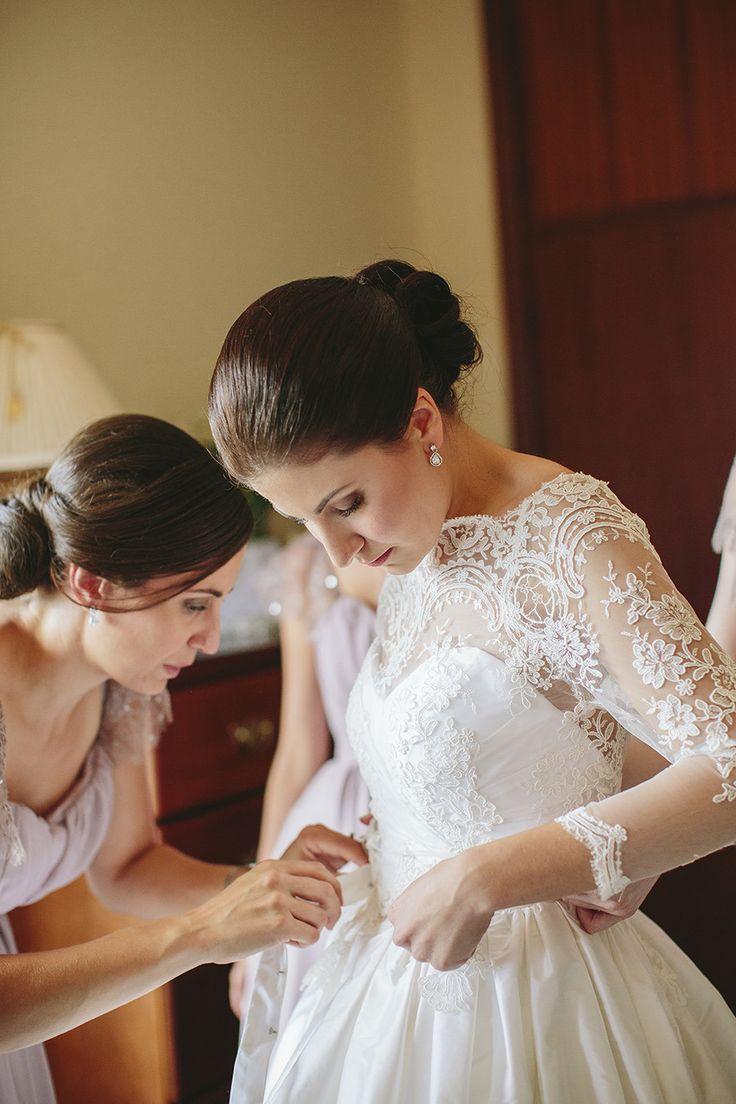 17 best ideas about elegant wedding gowns on pinterest for Vintage wedding dresses perth