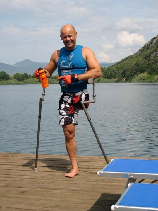 Christian Lanthaler (athlete).-the best crutch ever built. www.tompoma.com