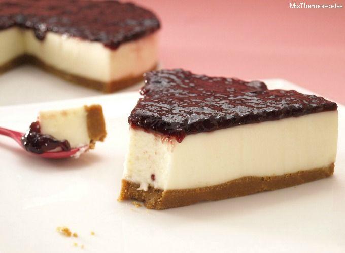 Tarta de cuajada con mermelada de moras - MisThermorecetas.com