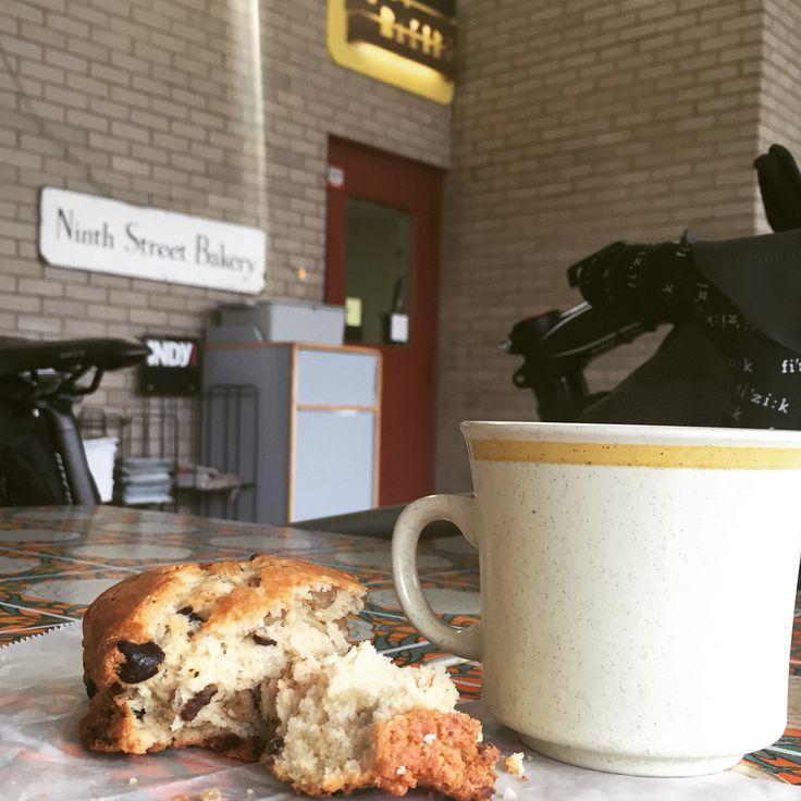 Mom-&-pop Bakery Spotlighting Locally Sourced Ingredients