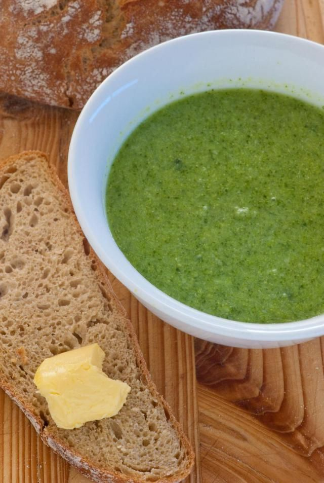 A thick and satisfying low-fat broccoli soup that makes a delicious fall or winter lunch.