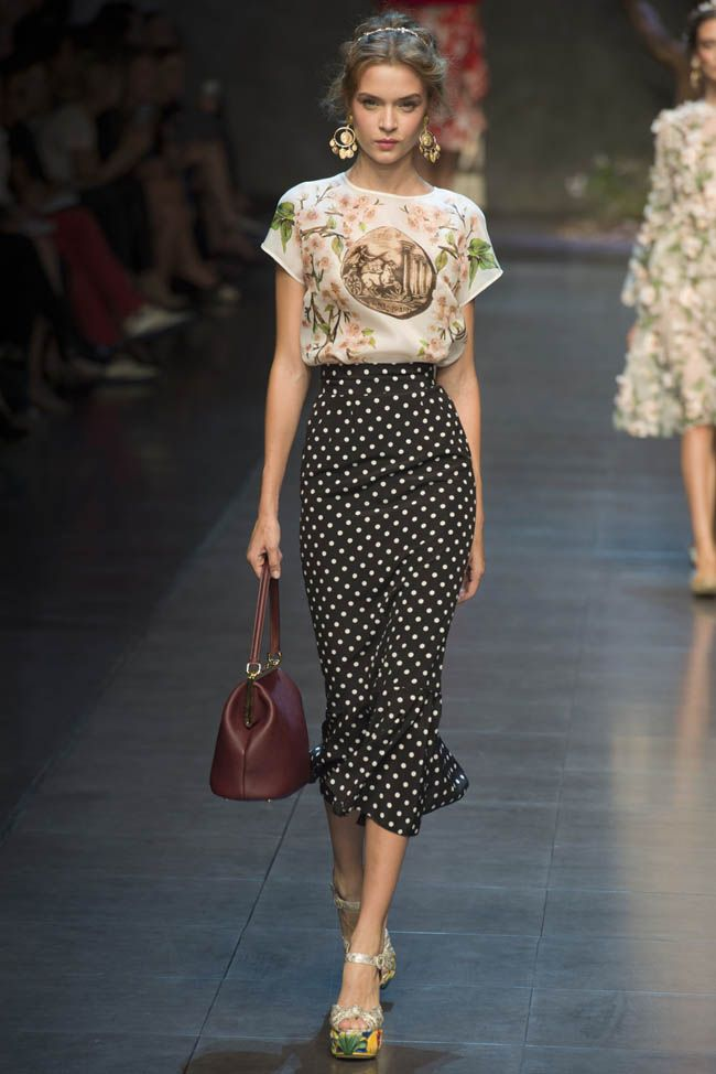 L O V E the skirt!!! ♥                                Dolce & Gabana 2014/13