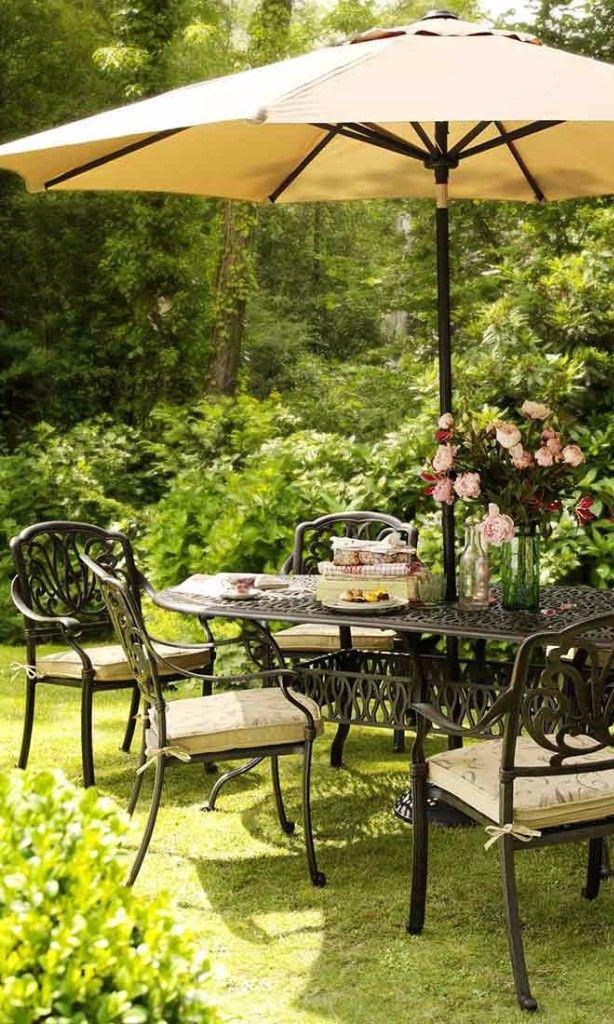 Jetzt wird's romantisch: Hier kommt der Gartensessel Amalfi aus Aluguss!