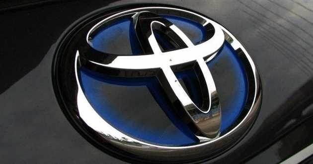 Toyota România recheamă în service autoturisme Corolla pentru defectiuni la airbag frontal si Proace pentru infiltratii în habitaclu