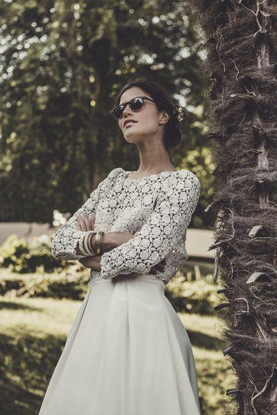 """Robe de mariée """"Doillon"""": robe en guipure de coton et crêpe lourd de soie, prix sur demande, Laure de Sagazan En savoir plus sur http://www.lexpress.fr/styles/diapo-photo/styles/mariage/en-images-dix-robes-de-mariee-2015-a-manches-longues_1630848.html?p=3#QvlkOJ1xV349L7Oc.99"""