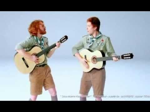▶ Les deux roux en scout - AMV Assurance
