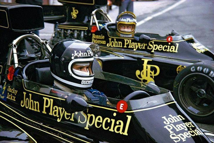Ronnie Peterson and Jacky ickx, Lotus-Ford 72, 1974.