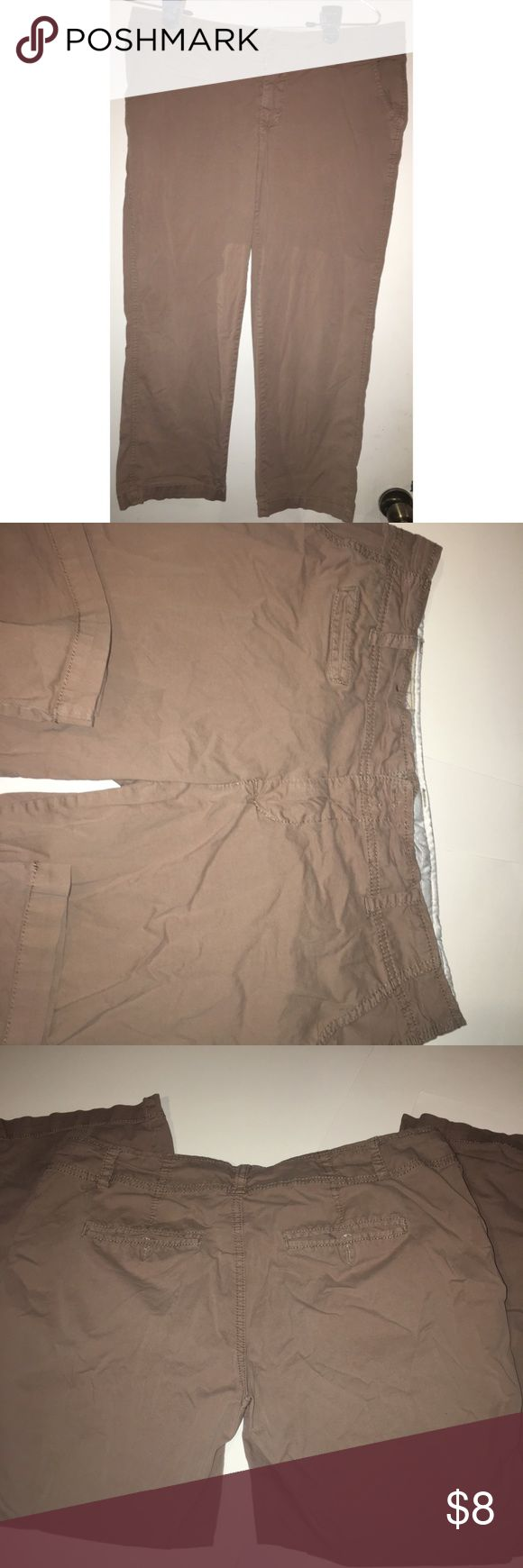 """1st Kiss Khaki Capris (11 Juniors) Cute and comfy capris. They look more like """"flood pants"""" to me though. Inseam is 23 inches. Great condition, no stains or tears. Smoke free 🚭 Pet friendly home 🐱🐱🐶 1st Kiss Pants Capris"""