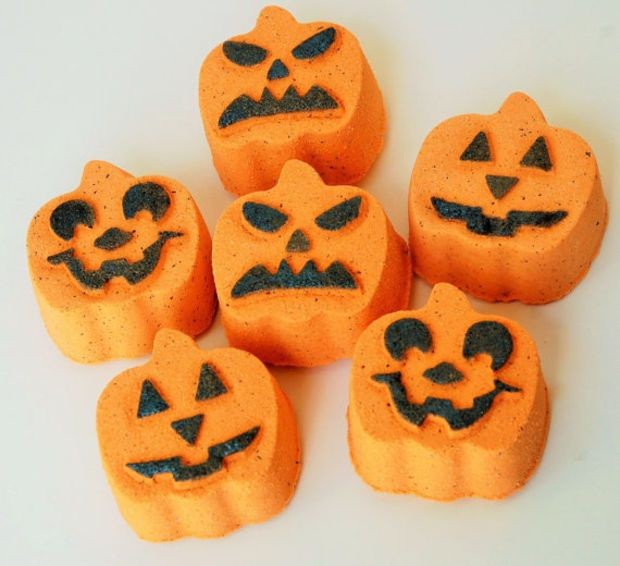 Pumpkin Spice Bath Bomb - Halloween Bath Bomb - Halloween Bath Fizzie - Pumpkin…