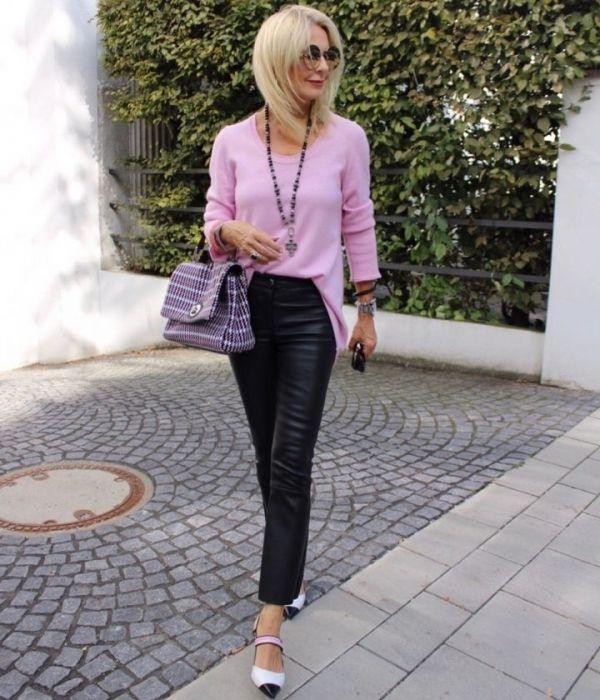 Kleine Frau Ganz Gross In 2020 Mode Outfit Mode Fur Kleine Frauen