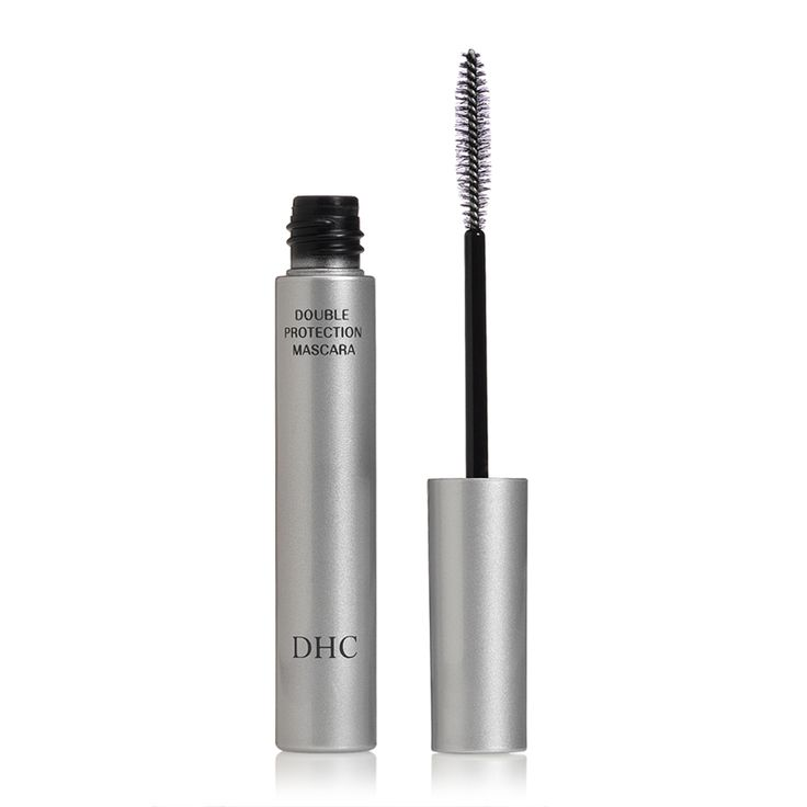 DHC Mascara Perfect Pro Double Protection has a water-resistant tube-technology formula that lengthens the look of your lashes. Lush and long-wearing, it lasts all day and night with no flaking,...
