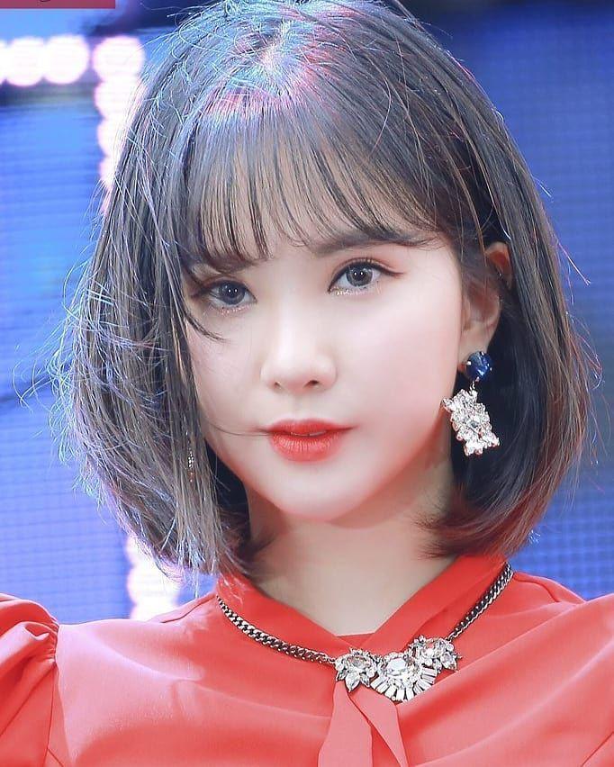 10 Idol Kpop Ini Tetap Menawan Dengan Rambut Pendeknya Rambut Pendek Gaya Rambut Pendek Gaya Rambut