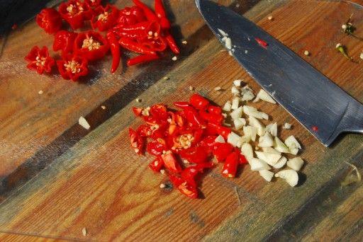 Thaise Sriracha-saus maken
